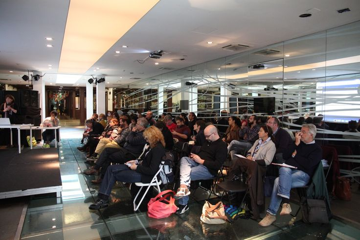 """Evento organizzato da Cowo® """"CowoShare - Condividere le conoscenze dei coworking"""" dedicato ai finanziamenti pubblici questi sconosciuti, a Milano il 3/10/2015. Foto di Paolo Pallotti. Per saperne di più: http://coworkingproject.com/cowoshare"""