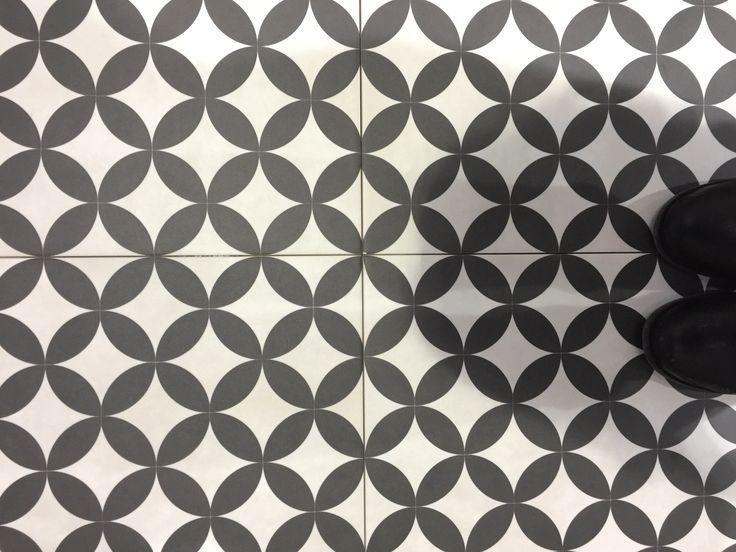 BCT U2013 Feature Floors Bertie Floor And Wall 331mm X 331mm. Black And White  Geo Patterned Floor Tiles