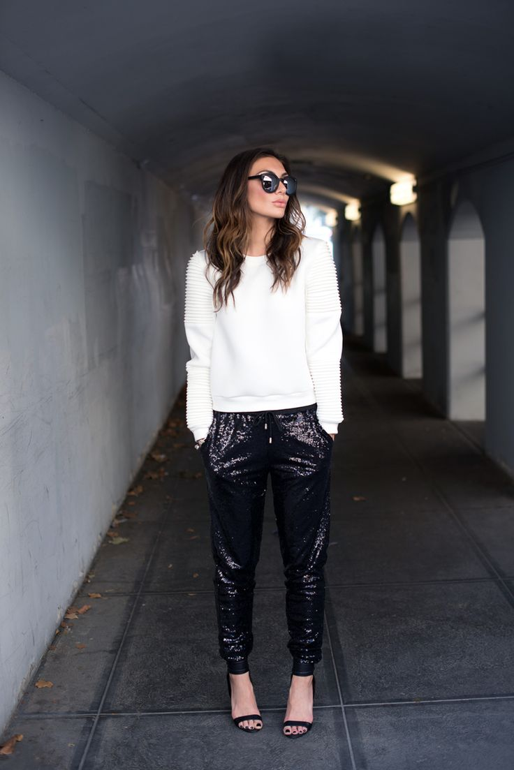 Thoughtful Misfit. Fashion blogger. Holiday look. Sequin pants