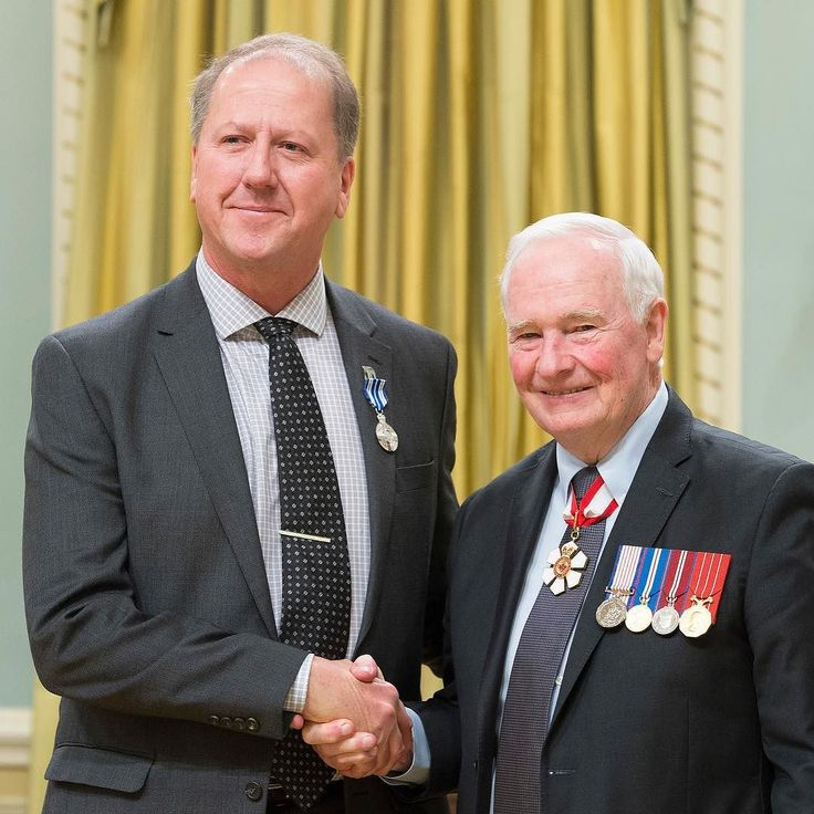 @wmbabasketball Founder Mike Ruta in Ottawa with Gov General David Johnston receiving the Meritorious Service Medal