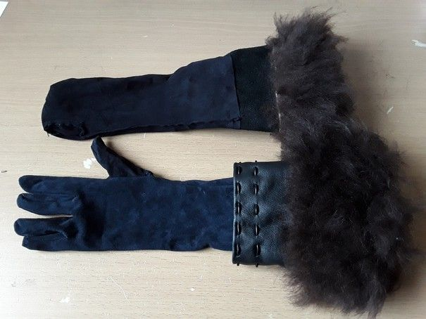 Yennefer von Vengerberg – gloves making-of – Fjalladis