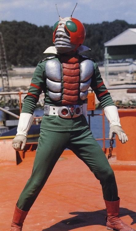 Fuck Yea! Kamen Rider! BUI SUREE! :D