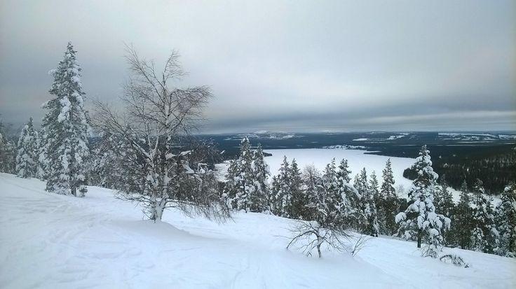 Talvisin kävit hiihtämässä Lapissa ja minäkin olin monta kertaa mukanasi siellä. mahtavat maisemat, ihana avaruus ja puhdas raikas luonto ympärillä.
