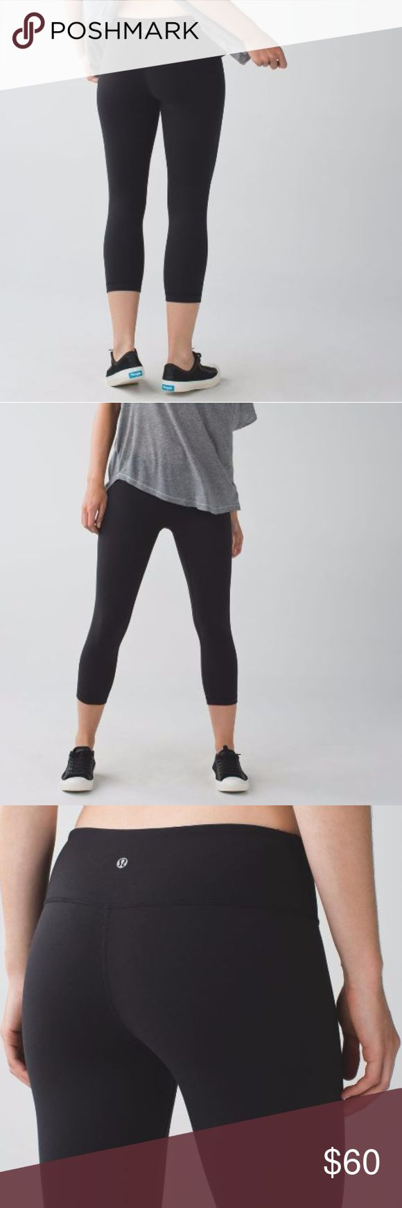 """Lululemon Wunder Under Crop • tight fit is great for checking your alignment in the mirror • wide, soft waistband is designed to eliminate muffin top • stash your keys and gym pass in our signature waistband pocket • imported • designed for: yoga, gym you name it! • fabric(s):  • fit: tight • rise: medium • inseam: 21 1/2"""" • leg opening: 11 1/8"""" • Rise: 7"""" • Waist: 25"""" • SIZE: 4 Excellent used condition lululemon athletica Pants Leggings"""