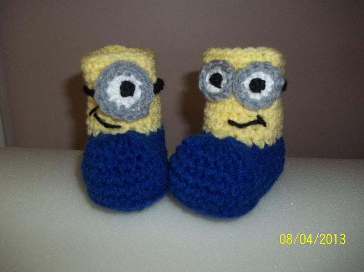 Free Crochet Pattern Minion Baby Booties : Minions Booties Crocheting, Crochet minions and Patterns