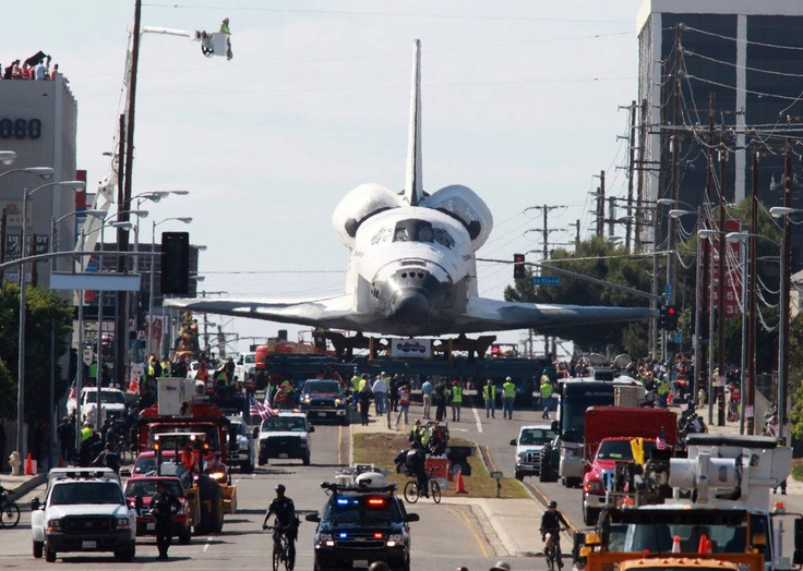 The Space Shuttle Endeavour began its two-day crawl through Los Angeles to its retirement at the California Science Center. (Photo by Monica Almeida/The New York Times). See more photo of the Endeavour's journey: http://www.nytimes.com/2012/10/13/us/space-shuttle-endeavour-rolls-through-los-angeles.html