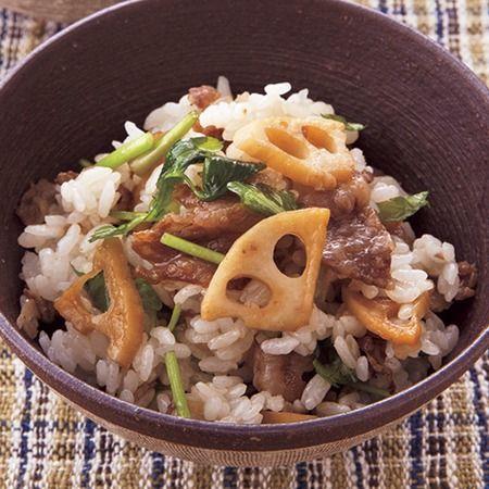 牛肉、れんこん、せりの甘辛混ぜご飯