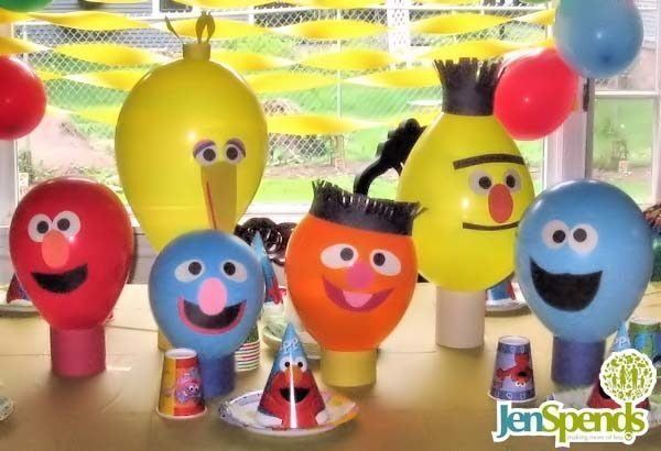 personajes-de-barrio-sesamo-con-globos