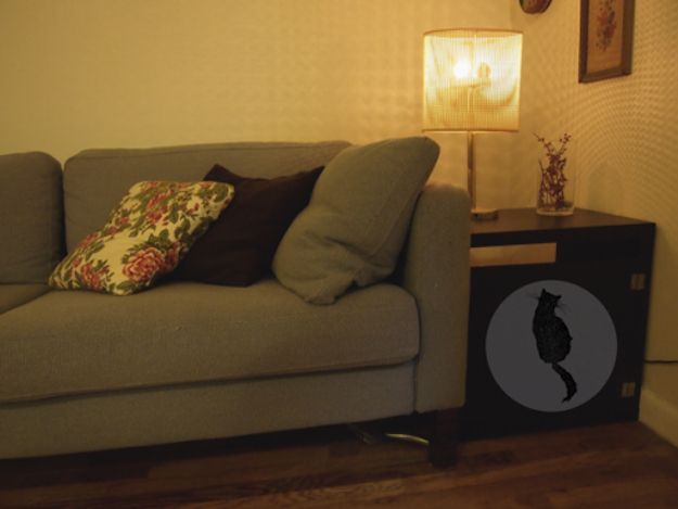 Kitty Silhouette Cabinet | 27 Useful DIY Solutions For Hiding The LitterBox
