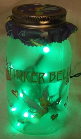 In love with this Tinker Bell mason jar light.  It would make a wonderful nightlight for my girly girls!