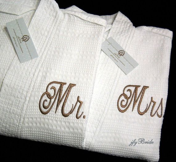 Couples Monogrammed Robes, Mr Mrs, His Hers, Personalized Wedding Gift, Cotton Anniversary Gift, 1513 Set of 2 Robes