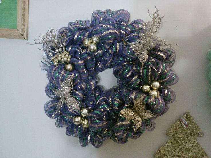 17 best images about stuff to buy on pinterest lowes be for Best place to buy wreaths
