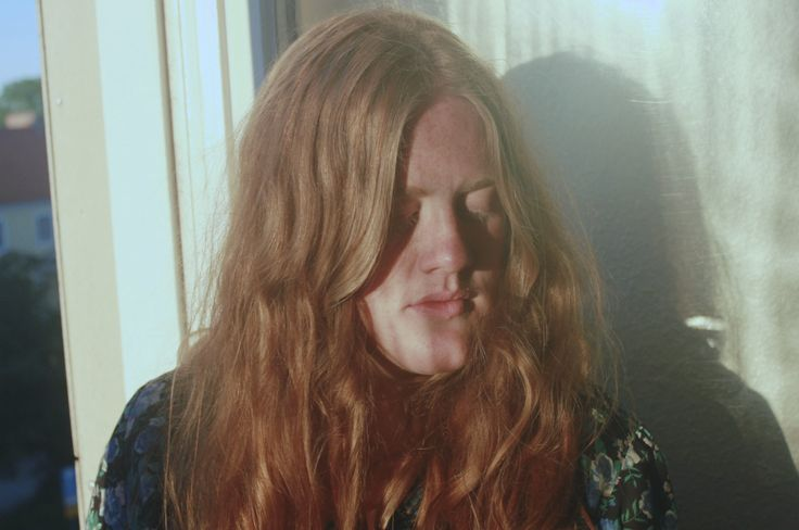Olivia Whitehouse - Linnea i fönster 3