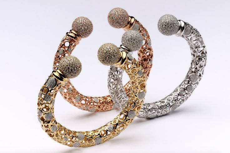 #Spheres collection from Ramon Jewellers. #finejewellery #luxuryjewellery #jewelry #diamond #jewellry #diamondjewelry #gold #bracelet
