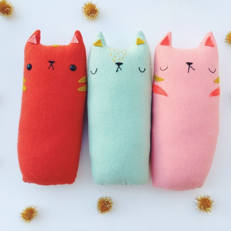 cats :: sleepy king #gorditos #toys