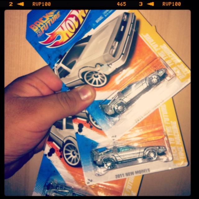 x3 Hot Wheels Back to the Future Time machine #backtothefuture #timemachine #DeLoren #88mph #greatscotts #hotwheels