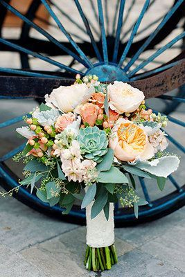 Peach and mint wedding bouquet