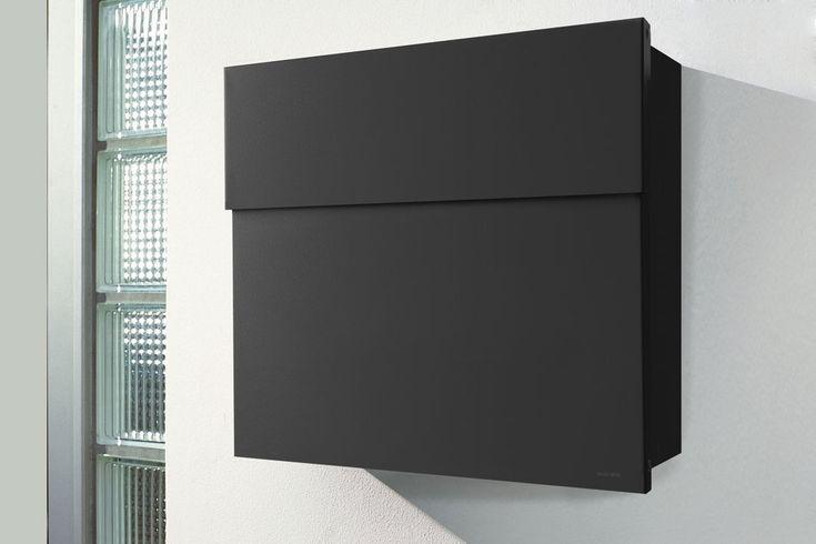 Letterman 4 Briefkasten ohne Bullauge und Zeitungsrolle. Die Farbe des Briefkastens ist in Schwarz.
