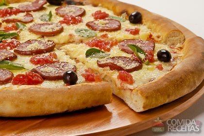 Receita de Pizza Don Patroni em receitas de salgados, veja essa e outras receitas aqui!
