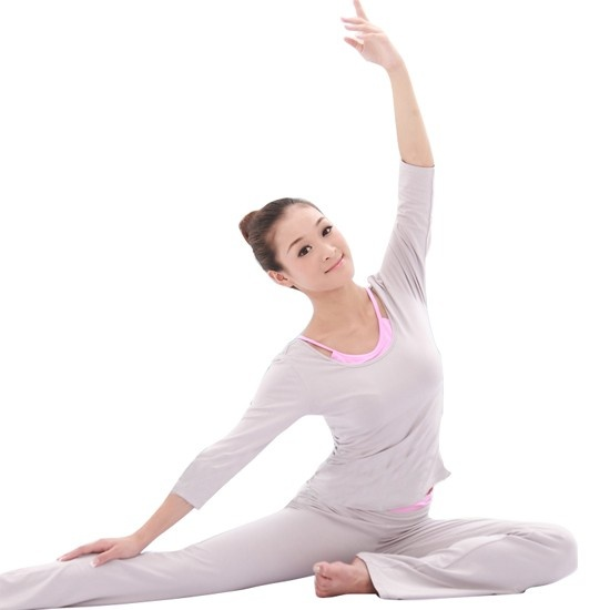 There are three pieces of this yoga suit. Good body shaped effect, light weight and high elasticity. This suit is bright-colored, fine and smooth. The style of this yoga suit is simple but no lack of fashion. Moreover, it is pro-environment, intimate with skin and good flexibility. Price US$22.80