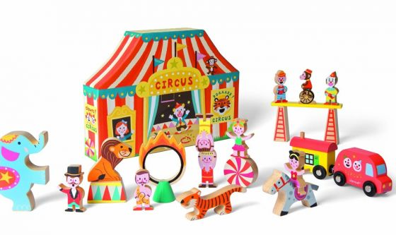 The Janod Story Box #Circus #Toy is perfect for those big-top loving friends. #giftidea