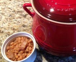 Recette : Fèves au sirop d'érable dans le Bean Pot de Le Creuset !! / Maple Sirop Beans in Le Creuset Bean Pot
