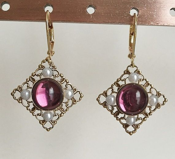 Anne Boleyn Small Diamond Amethyst Earrings gold or par tudorshoppe