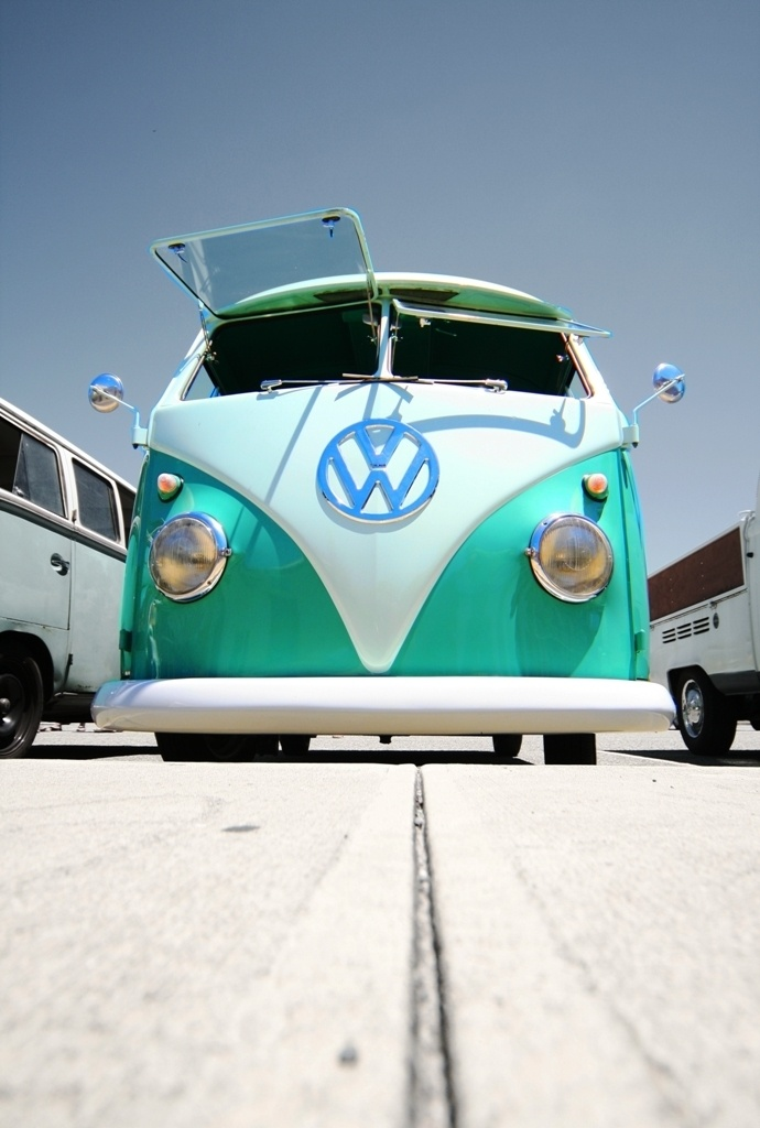One day, me and @Olivia García Frost will aquire one of these and take a road trip.