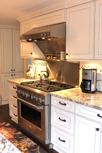 Whit Cabinets Light Granite Design, Pictures, Remodel, Decor and Ideas