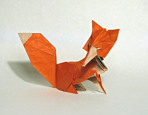 fantastic mr fox: Cute fox...made of paper... therefore a very crafty fox