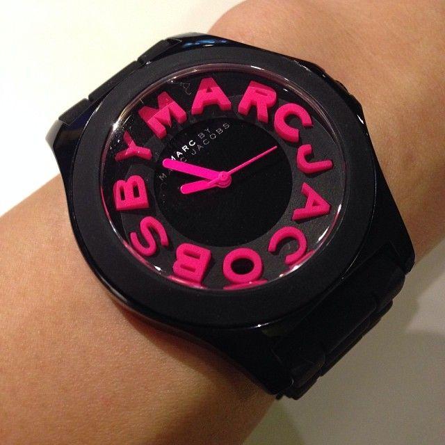 Black & pink watch<3
