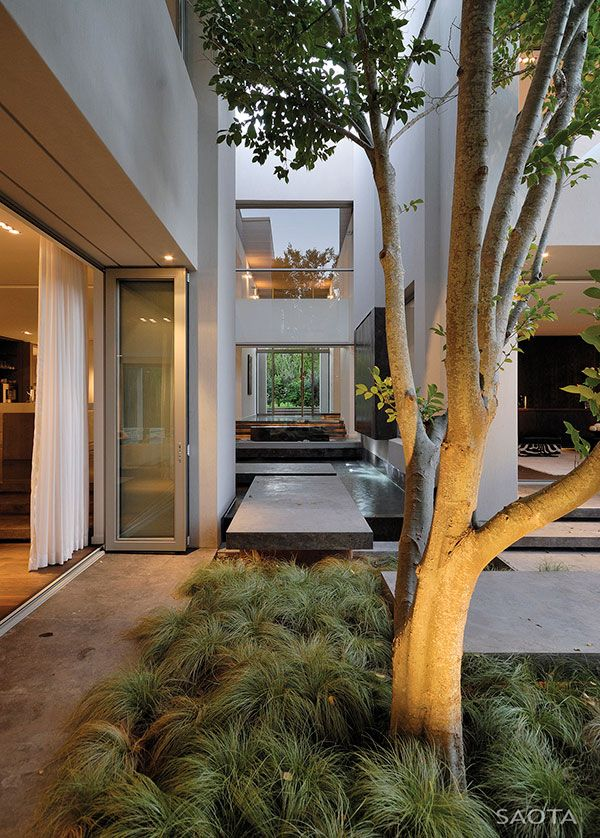 open walls, inner courtyard / south africa