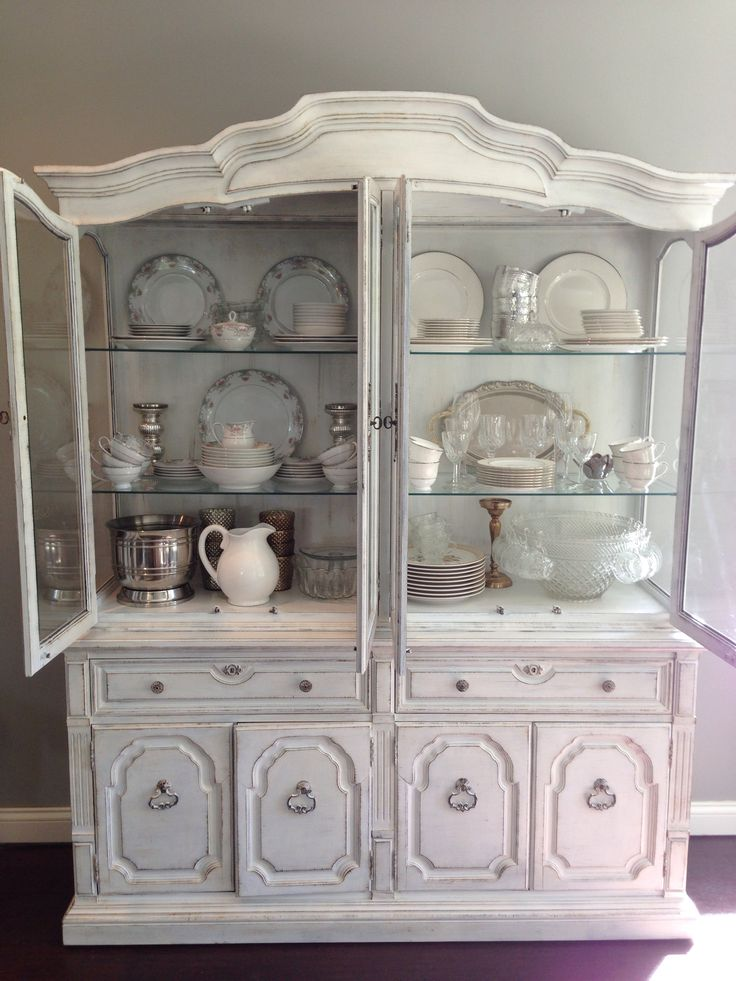 China Cabinet Styling Dishes Shelfstyling CabinetsDishesShabby ChicDining Room