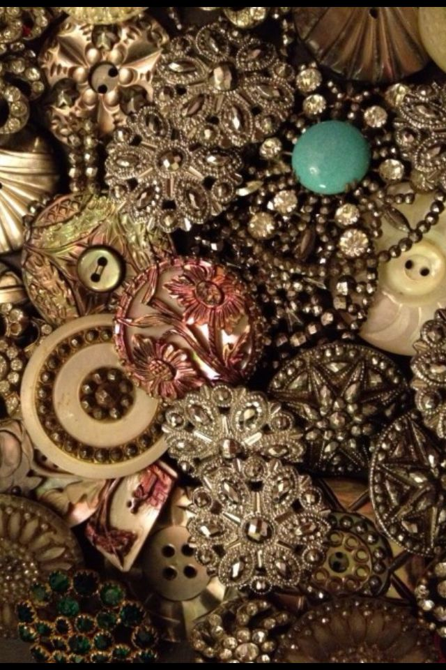 BASIA ZARZYCKA BUTTON COLLECTION i want it so bad can i has it please please?