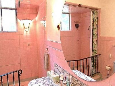 17 Best images about Fix that pink bathroom tile! on Pinterest ...