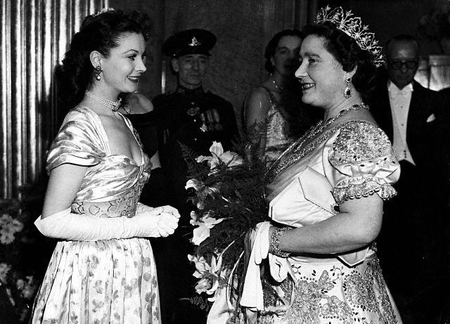 Vivien Leigh and Queen Mother at Odeon Cinema, Leicester Square, London 1947