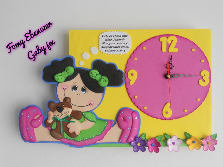Reloj en fomy