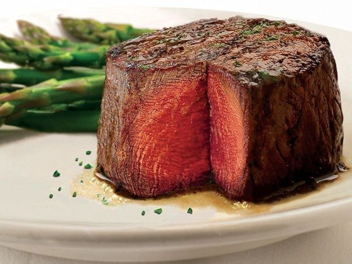 【ハワイ】ディナーにおすすめ!ワイキキでジューシーなお肉が食べられる店6選