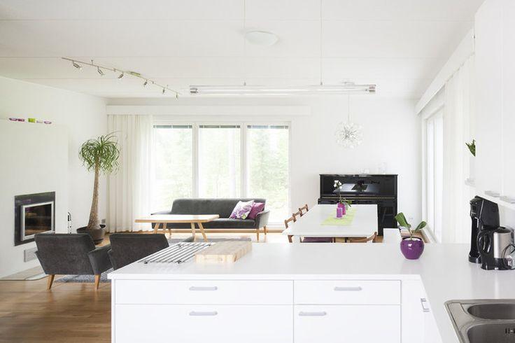Omakotitalon kodikas olohuone, lisää ideoita www.lammi-kivitalot.fi