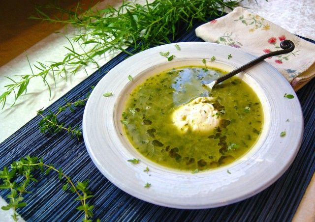 Fresh Herb Soup with poached egg #Whole30
