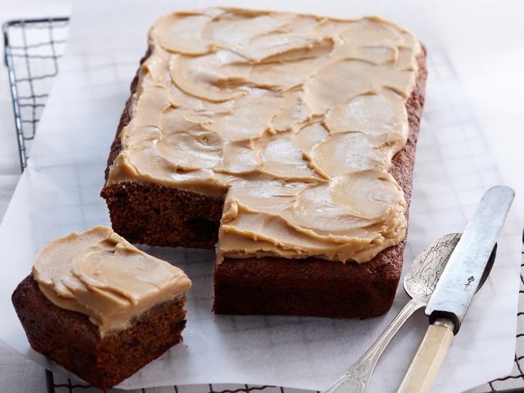 Slathered with thick and sweet caramel icing, this cinnamon and ginger spiced sticky date slice by Woman's Day is a rich and delicious afternoon treat to be savoured slowly.