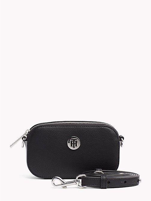 10274242f28fe TOMMY HILFIGER Kompakte Tommy Core Tasche - BLACK - TOMMY HILFIGER  Crossover Bags - main image