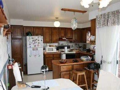 27 Meadowgreen Court, Scugog #kitchen