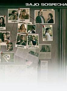 """La serie """"Bajo sospecha"""" sigue el caso de la desaparición de una niña de siete años durante su comunión. Todo apunta a que el culpable de su secuestro es uno de los familiares que asistió a la celebración. A partir de ese momento, c[...]"""