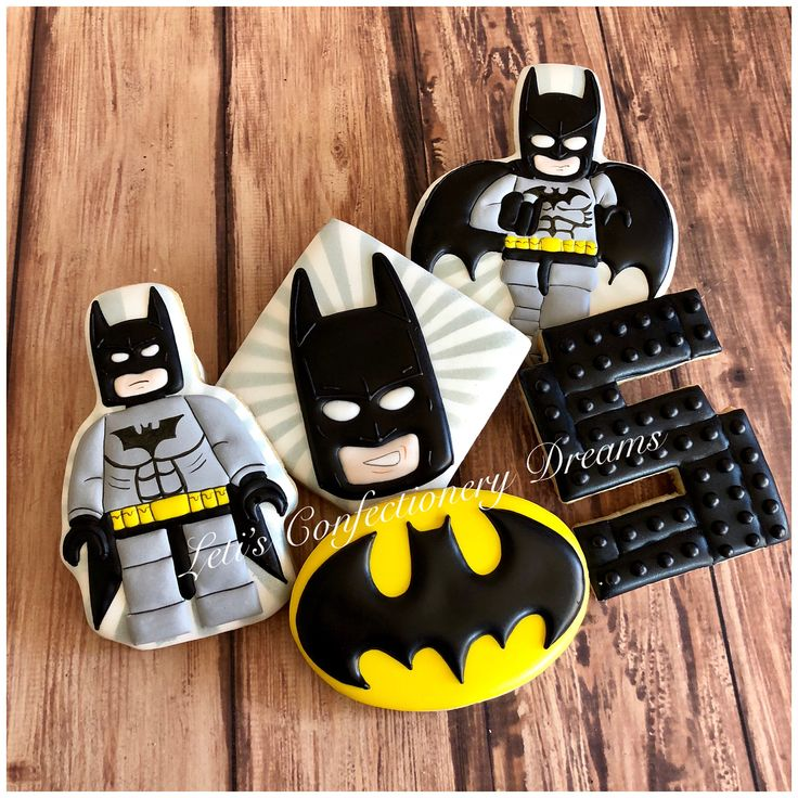 Best 25+ Batman cookies ideas on Pinterest | Batman party ...