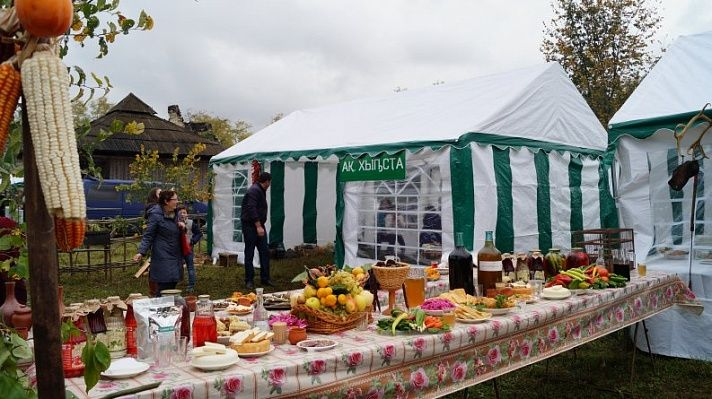 Традиционный праздник урожая прошёл в селе Лыхны