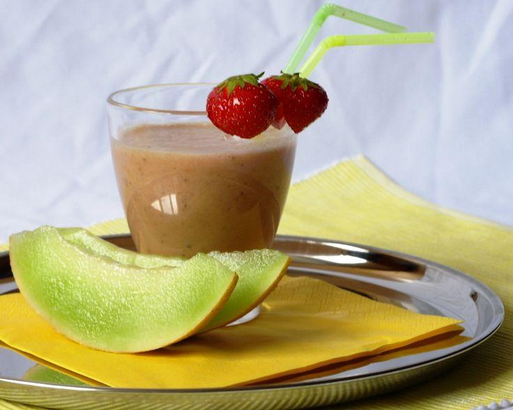 Multivitamínový pohár s proteinem/Kompava...Vynikající proteínový osvěžující nápoj pro horké dny.