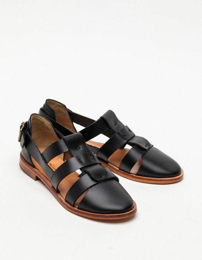 sandales noires femme design en cuir noir