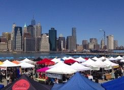 Smorgasburg happens in two locations every weekend: Saturdays at East River State Park—Kent Ave. and N. 7 St.—on the Williamsburg waterfront; and Sundays at Brooklyn Bridge Park's Pier 5.