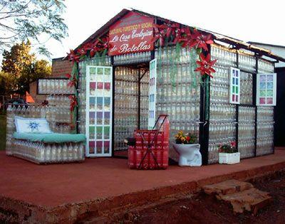 La casa de botellas PET, ejemplo de reutilización y arquitectura modular